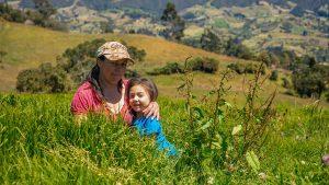 Mujeres y biodigestión: la solución agrícola sostenible